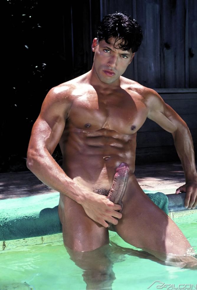 BradStone-porno-gay-falcon