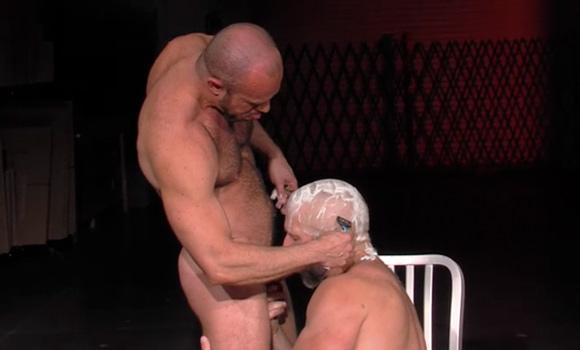 shaving-afeitado-porno-gay-bdsm-mastersex