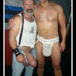 hombres-gays-usando-bombas-agrandar-pene-gigante-mastersex