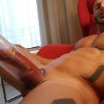 hombres-gays-usando-bombas-agrandar-pene-gigante-mastersex6