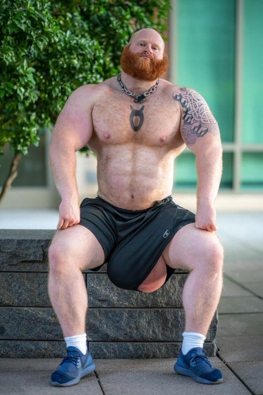 jack-chapman-silicona-testiculos